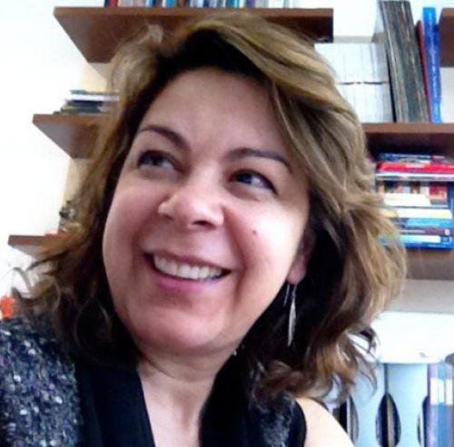 Profa. Estefânia C. Galvan